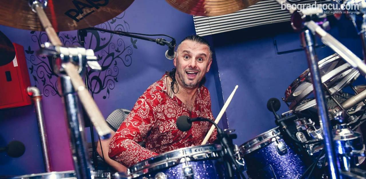 Kristijan Stojanovski-bubanj (sef benda)