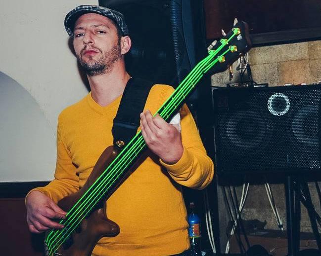 Igor Sekulic-Bas Gitara